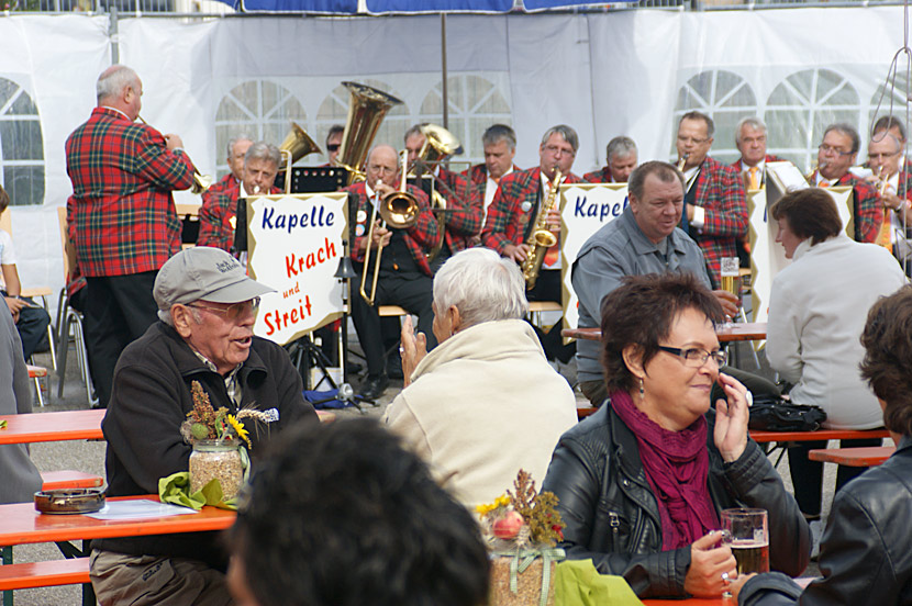 11-Zwiebelkuchenhock-2012-09-30-Fest