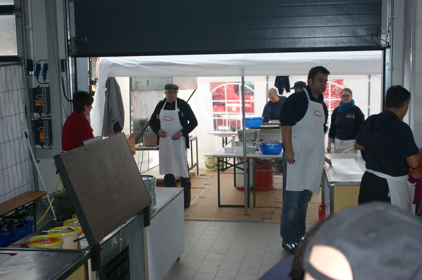 41-Zwiebelkuchenhock-2012-09-30-Fest
