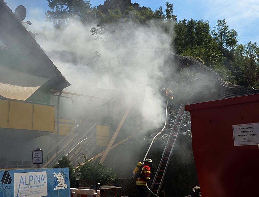 Brand an der Felsabsturzstelle am Eckartsberg